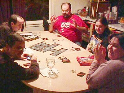 http://www.ludism.org/scpix/20030201/02_zombies_players.jpg