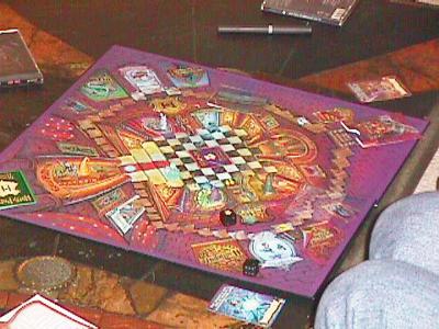 http://www.ludism.org/scpix/20030222/06_mysteryathogwarts_board.jpg