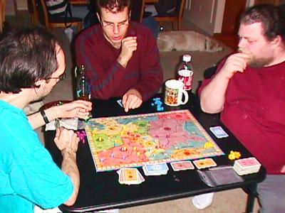 http://www.ludism.org/scpix/20030322/04_webofpower_players.jpg