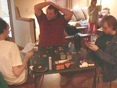 http://www.ludism.org/scpix/20030412/04_inwo_players.jpg