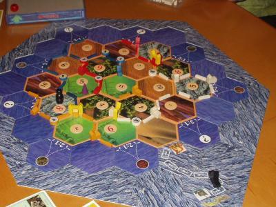http://www.ludism.org/scpix/20031011/09_settlersc+k_board.jpg