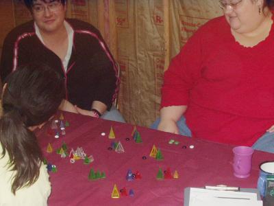 http://www.ludism.org/scpix/20040110/09_zendo_chicks.jpg