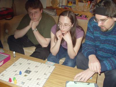http://www.ludism.org/scpix/20040228/01_rr_players.jpg